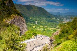 Custom Oahu Tours (Pali Lookout)