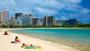 Ala Moana Beach Oahu Tour