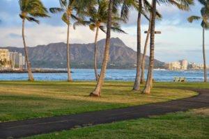 Ala Moana Beach Park Oahu TOur